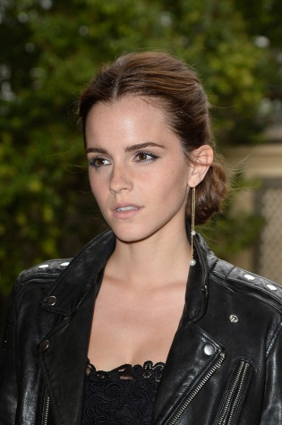 Emma Watson rocks the single earring look